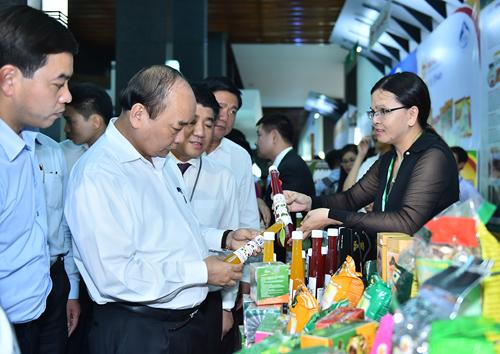 Thủ tướng: Phấn đấu sớm đưa Việt Nam thành một quốc gia hàng đầu về sản phẩm nông nghiệp