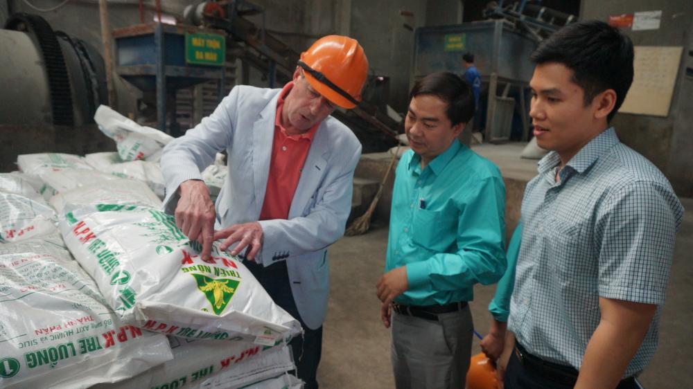 Thiên Nông mời chuyên gia hàng đầu trong lĩnh vực phân bón của tổ chức PAM tới làm việc và tư vấn đổi mới công nghệ